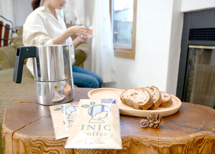 朝の時間は優雅にコーヒータイム。1日の始まりだからこそ、今日やることを確認しながら、ゆっくり朝食を楽しみます。